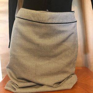 Textured High-Waist Pencil Skirt
